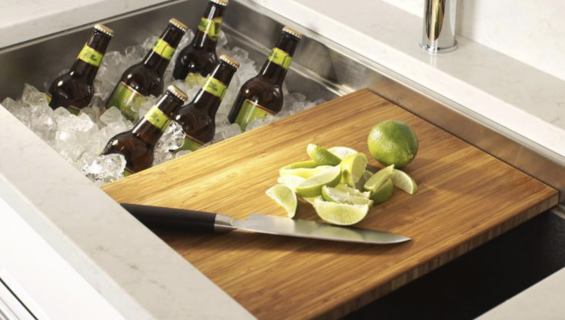 The galley-Bar Station
